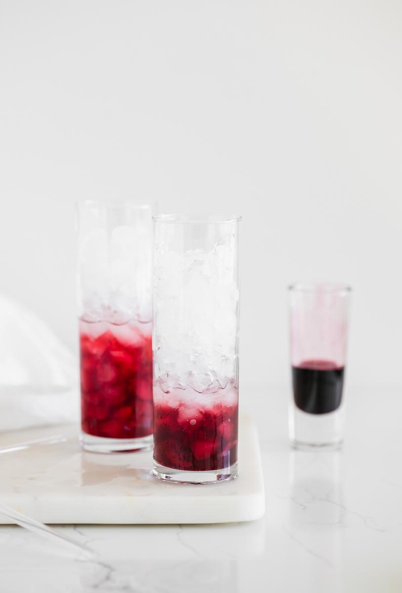 healthy_elderberry_syrup_drink_recipes_immune_boosting_drinks_coronavirus_